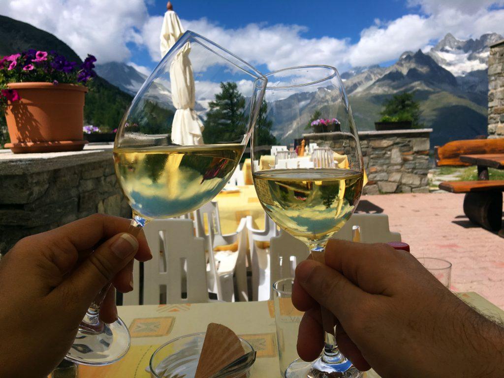 5 Lakes Hike - Berghaus Grünsee Wine Toast