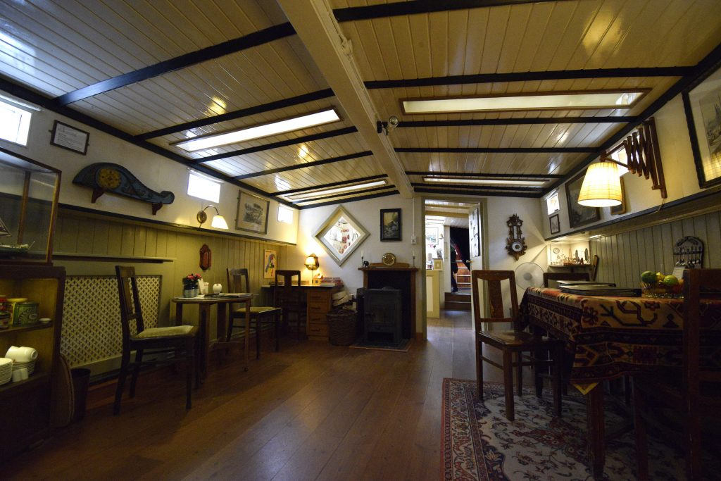 Fun Things to do in Amsterdam - Houseboat Museum.