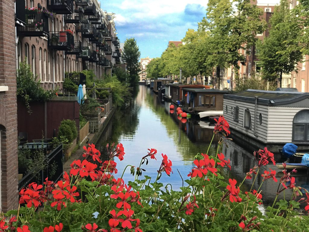 Fun Things to do in Amsterdam - Jordaan Neighborhood
